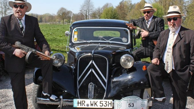 touren in een oldtimer