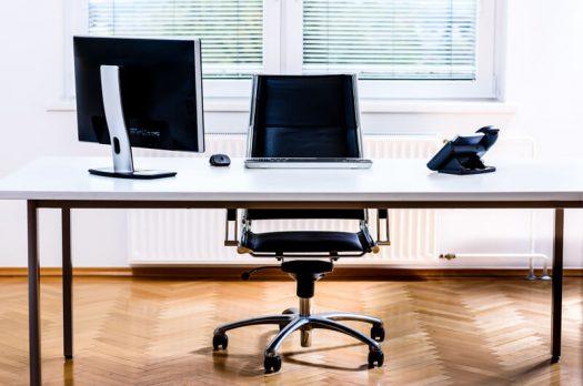 Hoe houd jij je kantoorstoelen schoon?