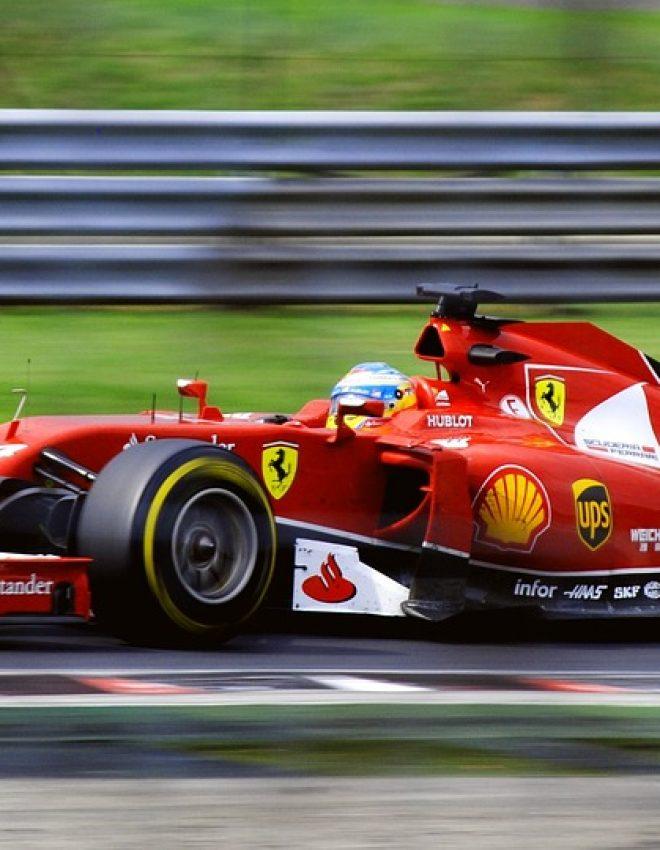 Wat is er toch zo aantrekkelijk aan de Formule 1?