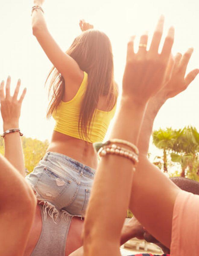 Met een zomer vol festivals op de planning is de juiste gehoorbescherming een must!