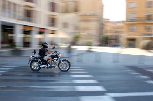 De vrijheid die motorrijden je kan geven is priceless!