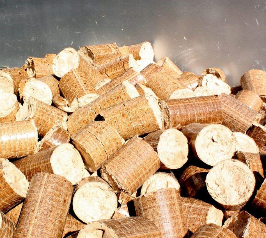 Warm, sfeervol en duurzaam buiten zitten doe je met een pelletkachel
