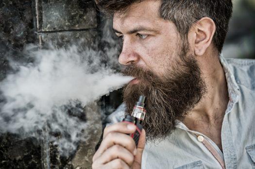 Steeds meer mannen kiezen voor de e-sigaret