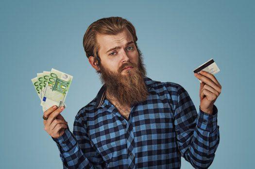 Zal contant geld uiteindelijk voorgoed uit het straatbeeld verdwijnen?