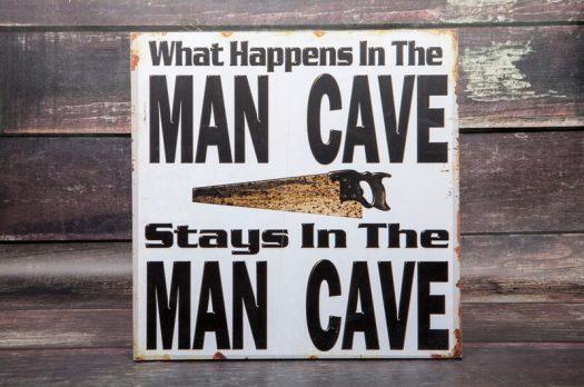 HEB JIJ BINNENKORT JE EIGEN MAN CAVE?!