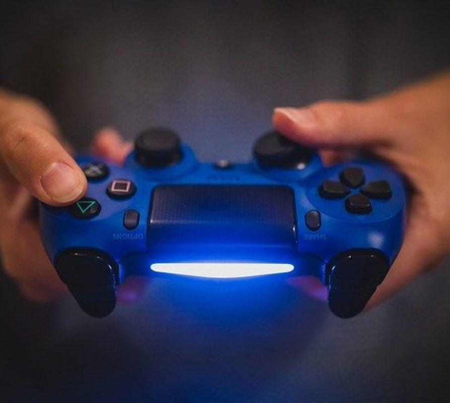 Ontspannen met het spelen van online spellen voor de PS4: