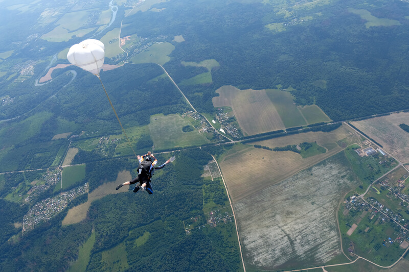 mooiste plekken om te parachutespringen in Nederland