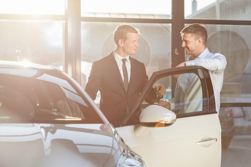 Waar moet je op letten als je een tweedehands auto gaat kopen