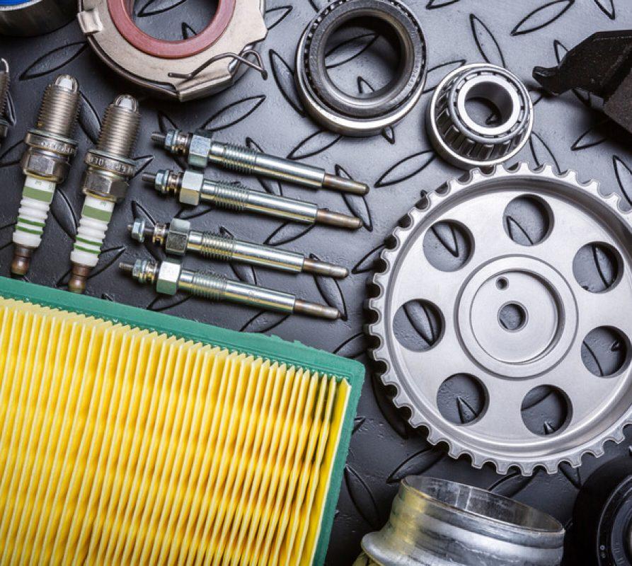 De redenen waarom je jouw auto onderdelen beter online kunt kopen